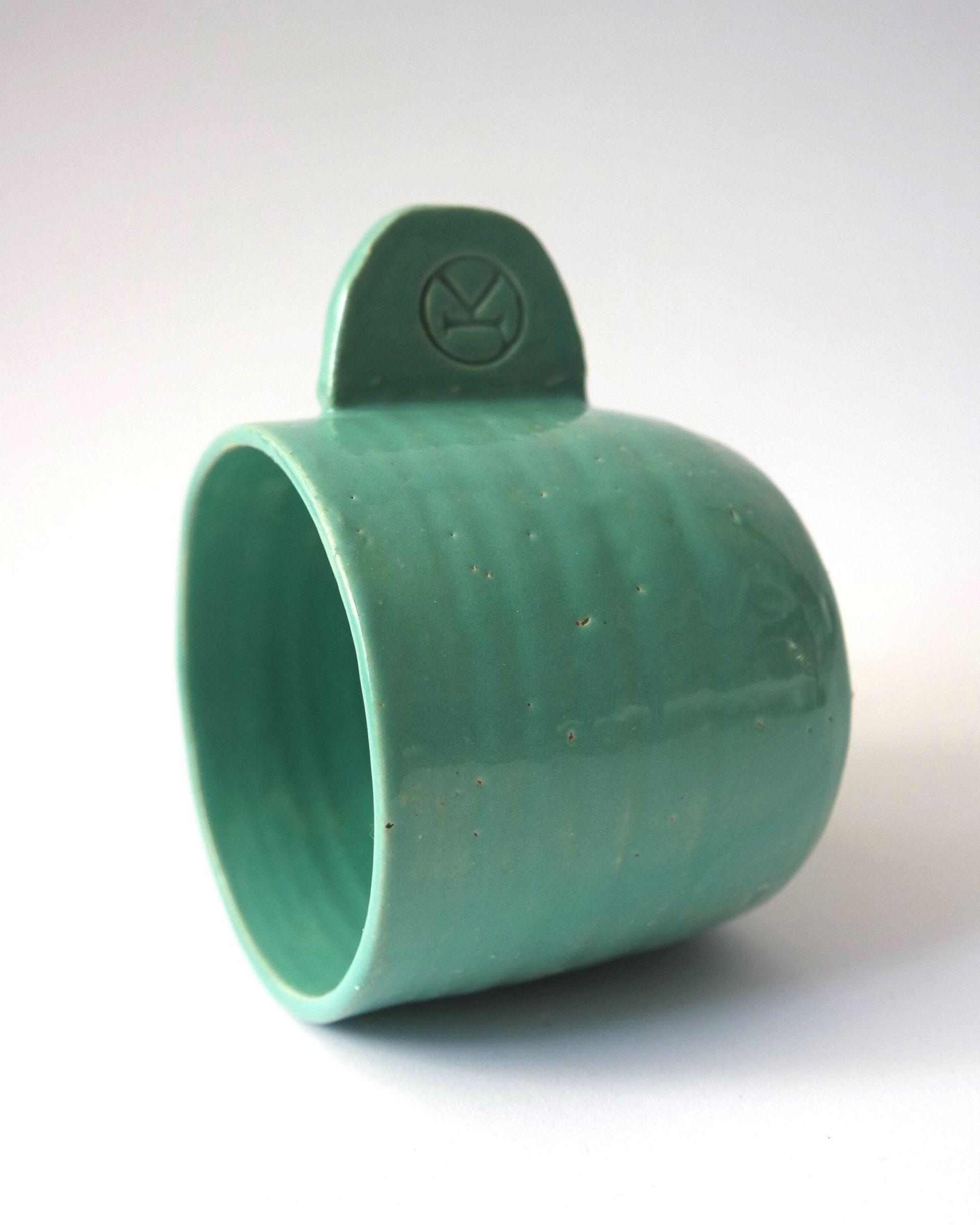 Ceramiczny kubek do kawy lub herbaty