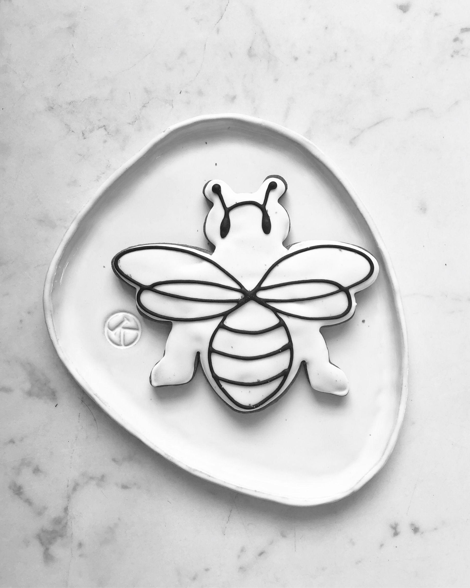 Pszczoła piernik z lukrem